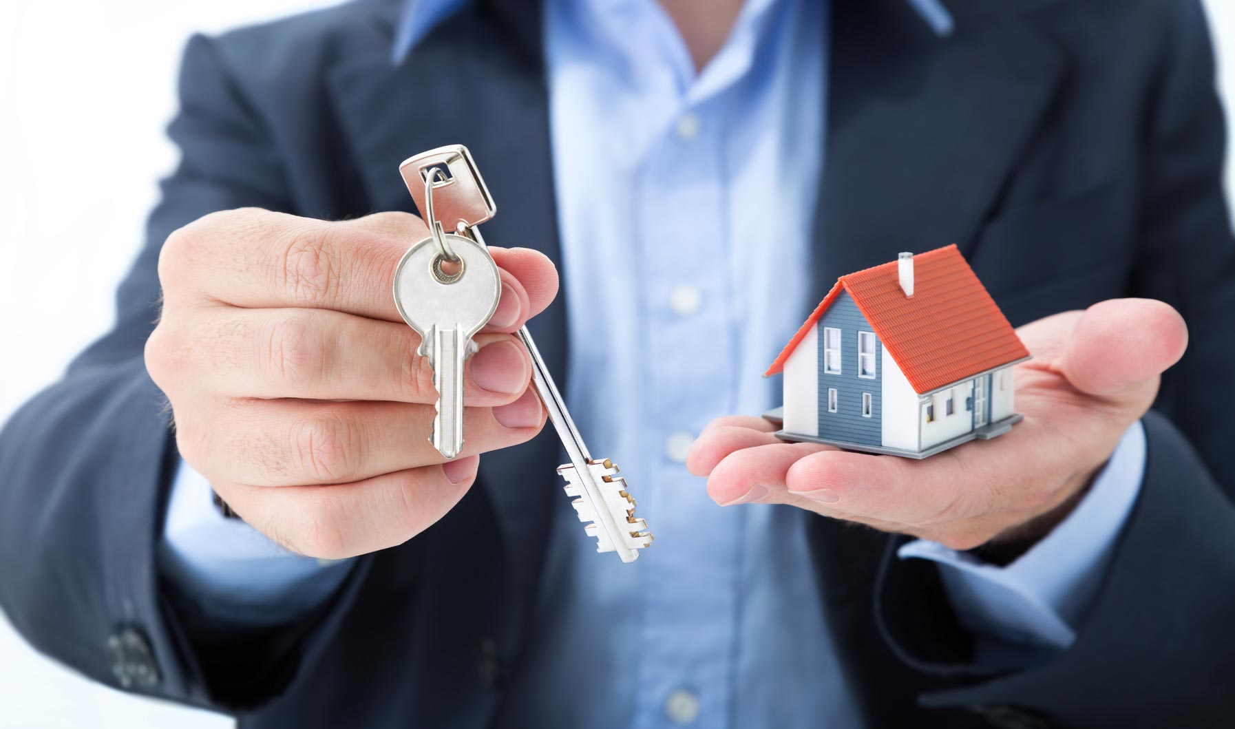 Outsourced Title Service For Those Who Wish To Invest In Foreclosure Houses