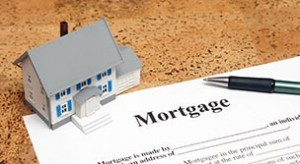 mortgage-document-and-house